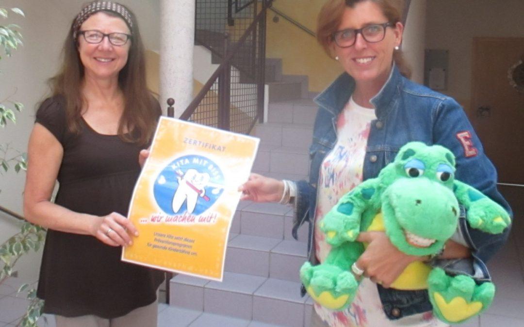 Kindergarten erhält Auszeichnung für besonders gute Zahnpflege