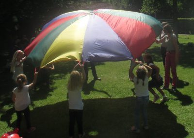 Fallschirmspiele
